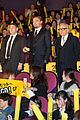 leonardo dicaprio captures wolf of wall street tokyo premiere on his iphone 05