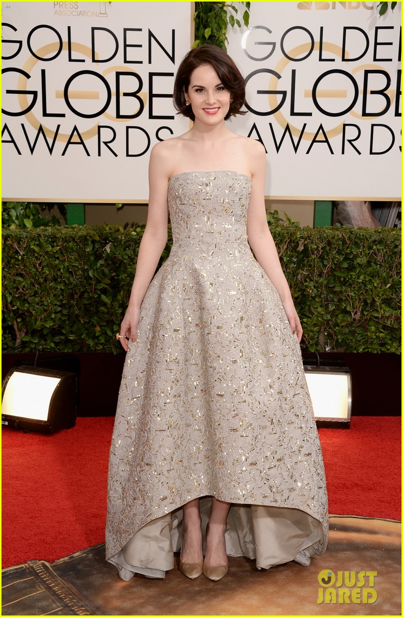 michelle dockery golden globes 2014 red carpet 10