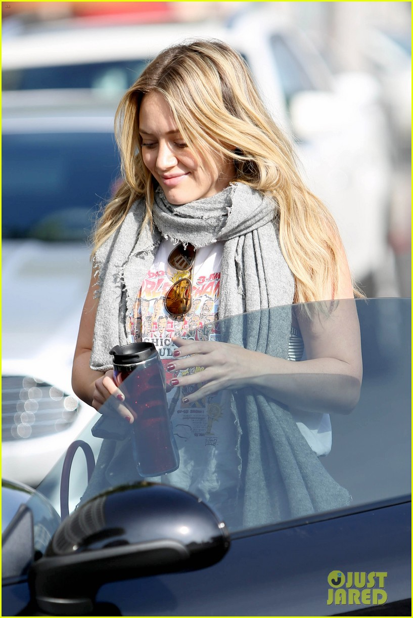 hilary duff solo cecconis lunch 17