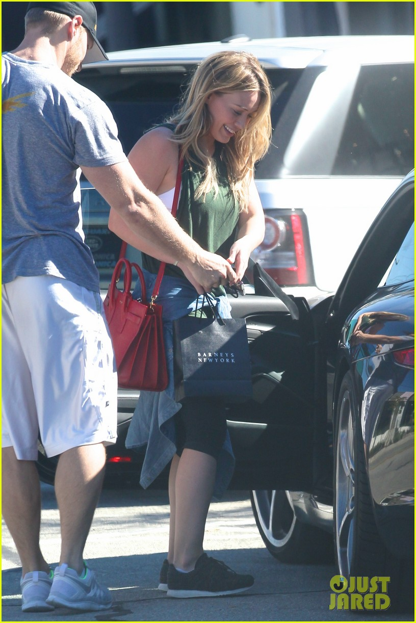hilary duff new tv land show with sutton foster 21