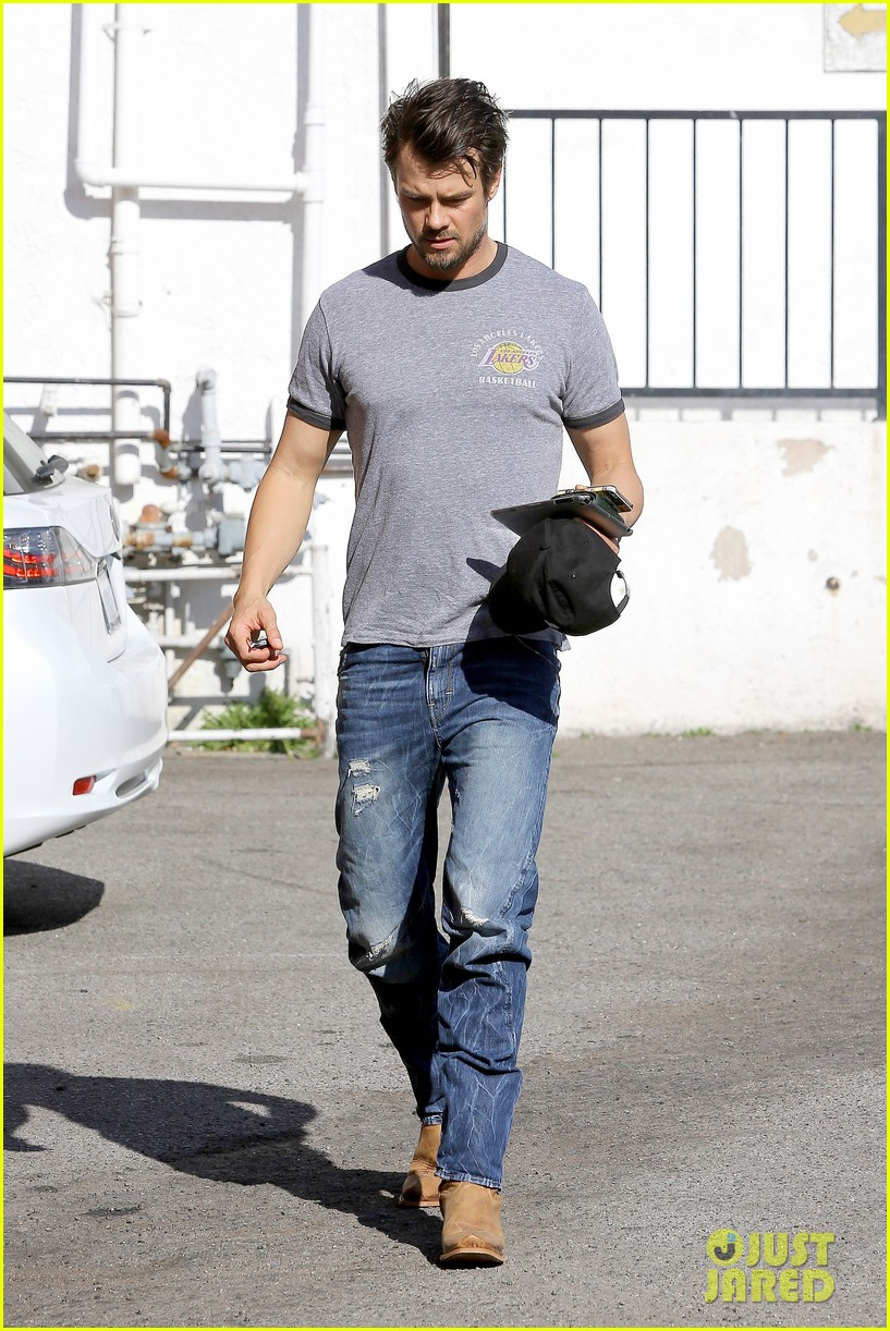 josh duhamel back in la after teaming up with pedigree at sundance 053037859