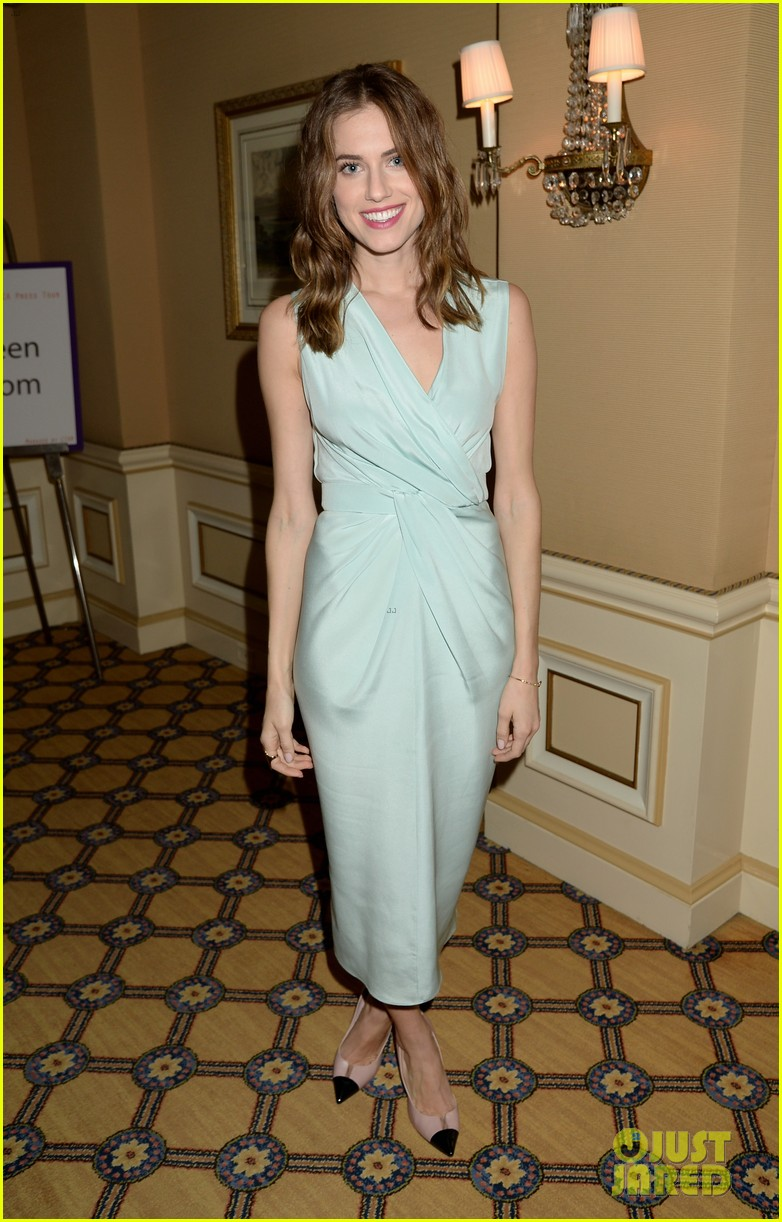 lena dunham allison williams girls tca winter tour panel 04