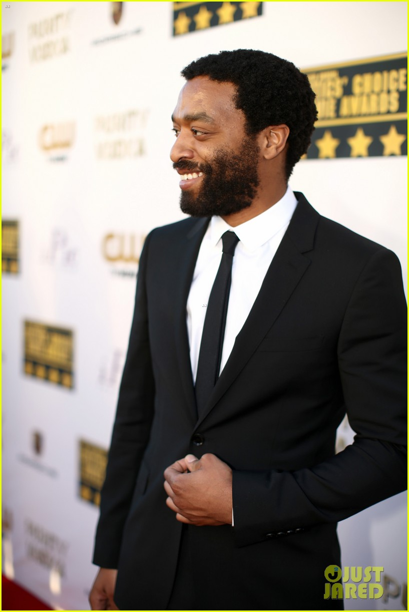 chiwetel ejiofor forest whitaker critics choice awards 2014 19