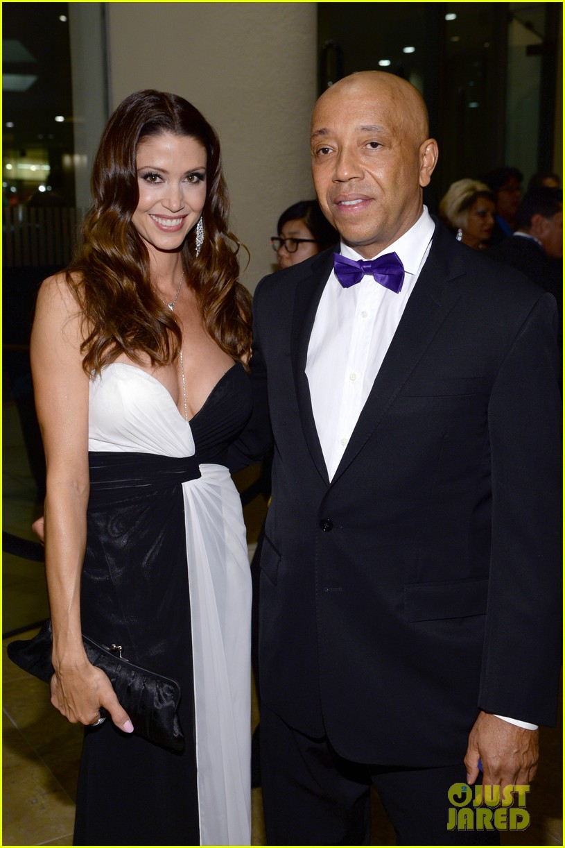 shannon elizabeth russell simmons new couple at grammys party 023040419