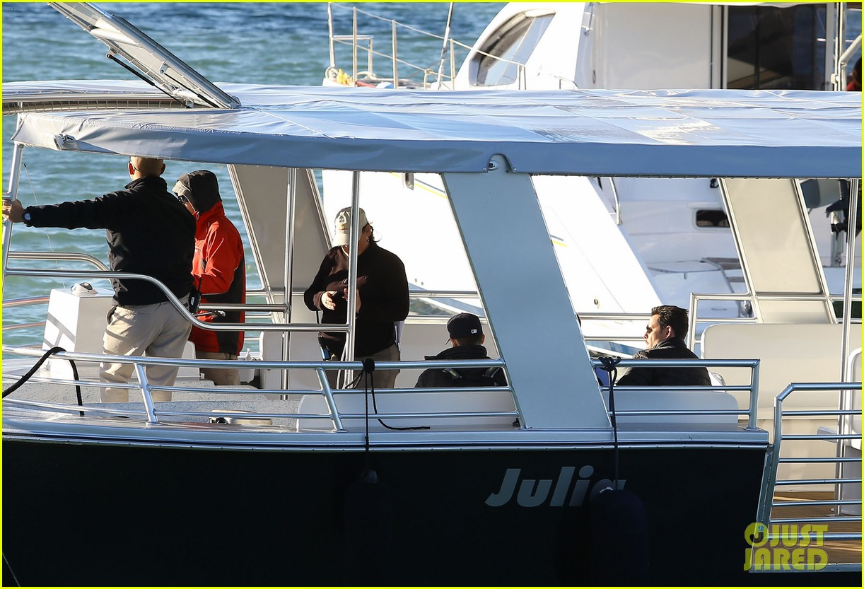 entourage movie begins filming in miami set photos here 11
