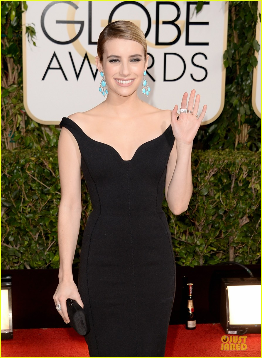 emma roberts golden globes 2014 red carpet 10