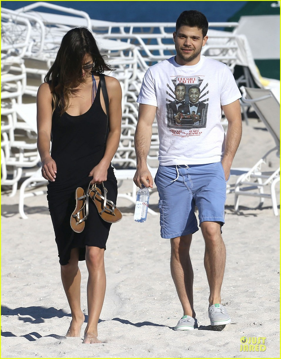jerry ferrara shirtless miami beach lounging with girlfriend 113036118
