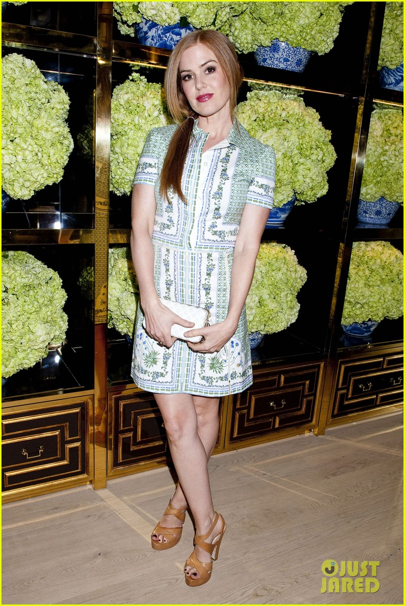 isla fisher ahna oreilly tory burch flagship store opening 18