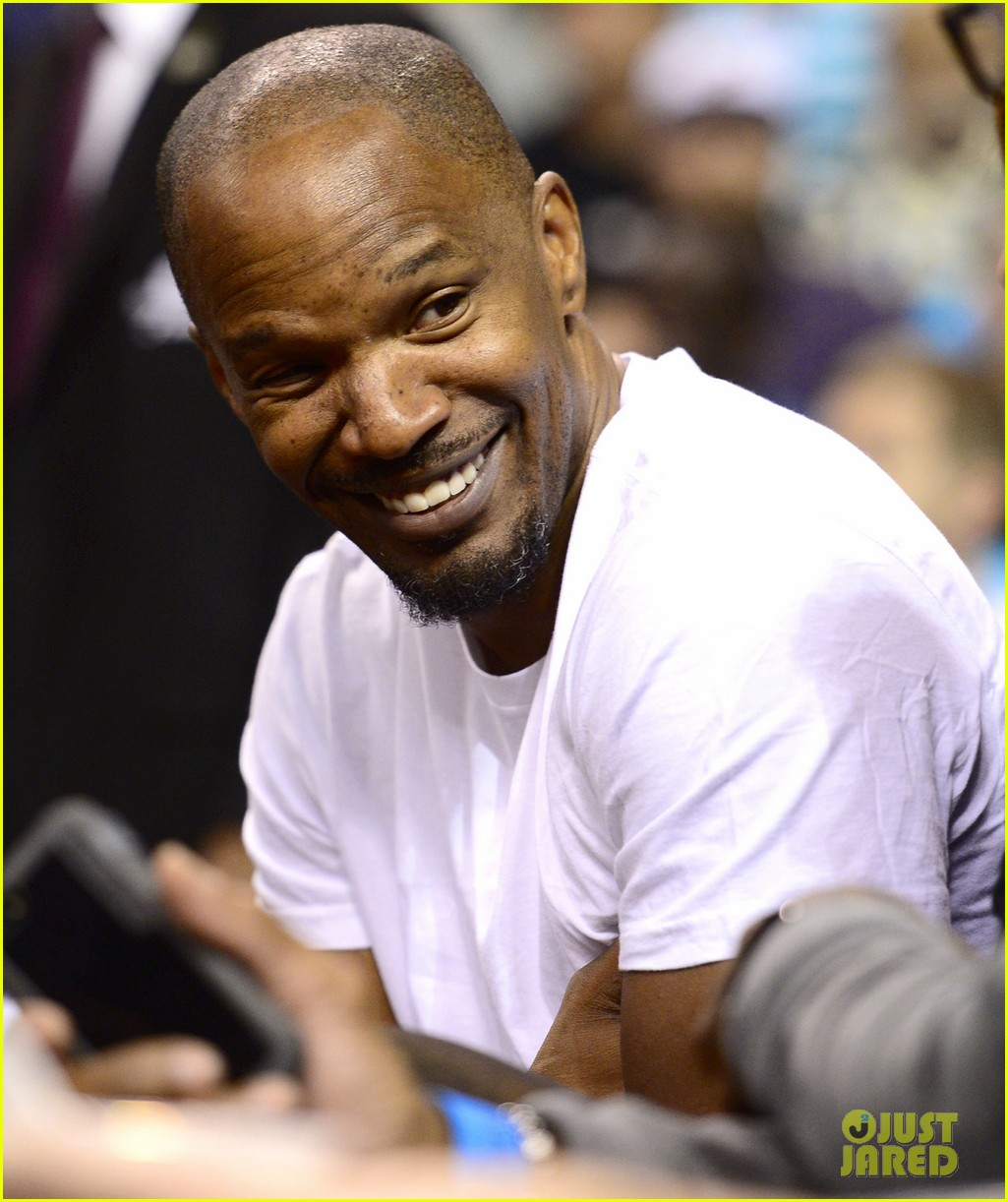 jamie foxx courtside at miami heat game 09