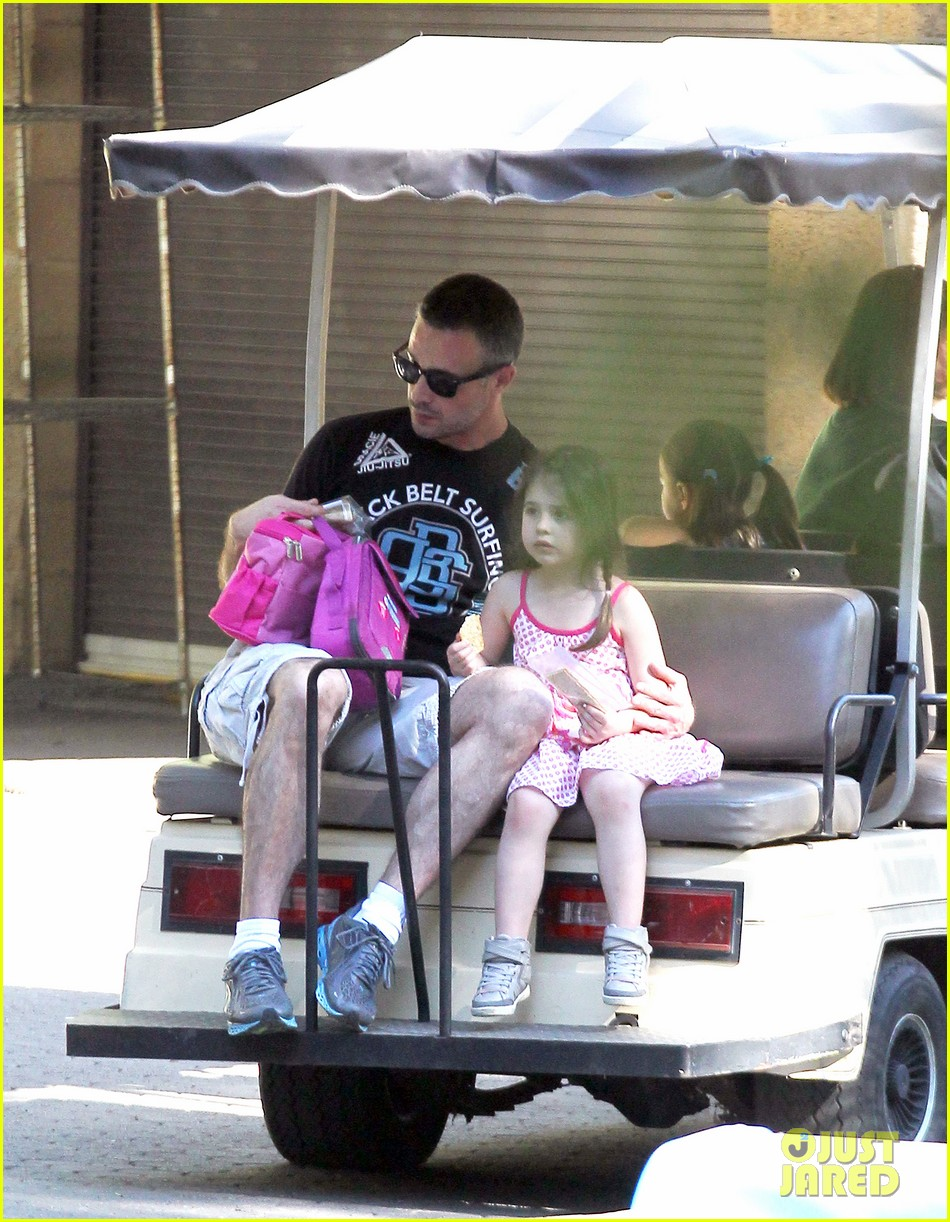 freddie prinze jr charlotte have father daughter zoo date 033037102