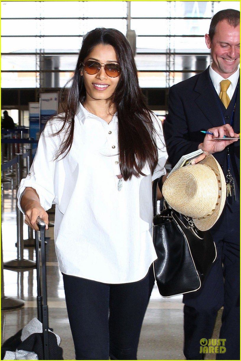 freida pinto first lax departure in the new year 043039908