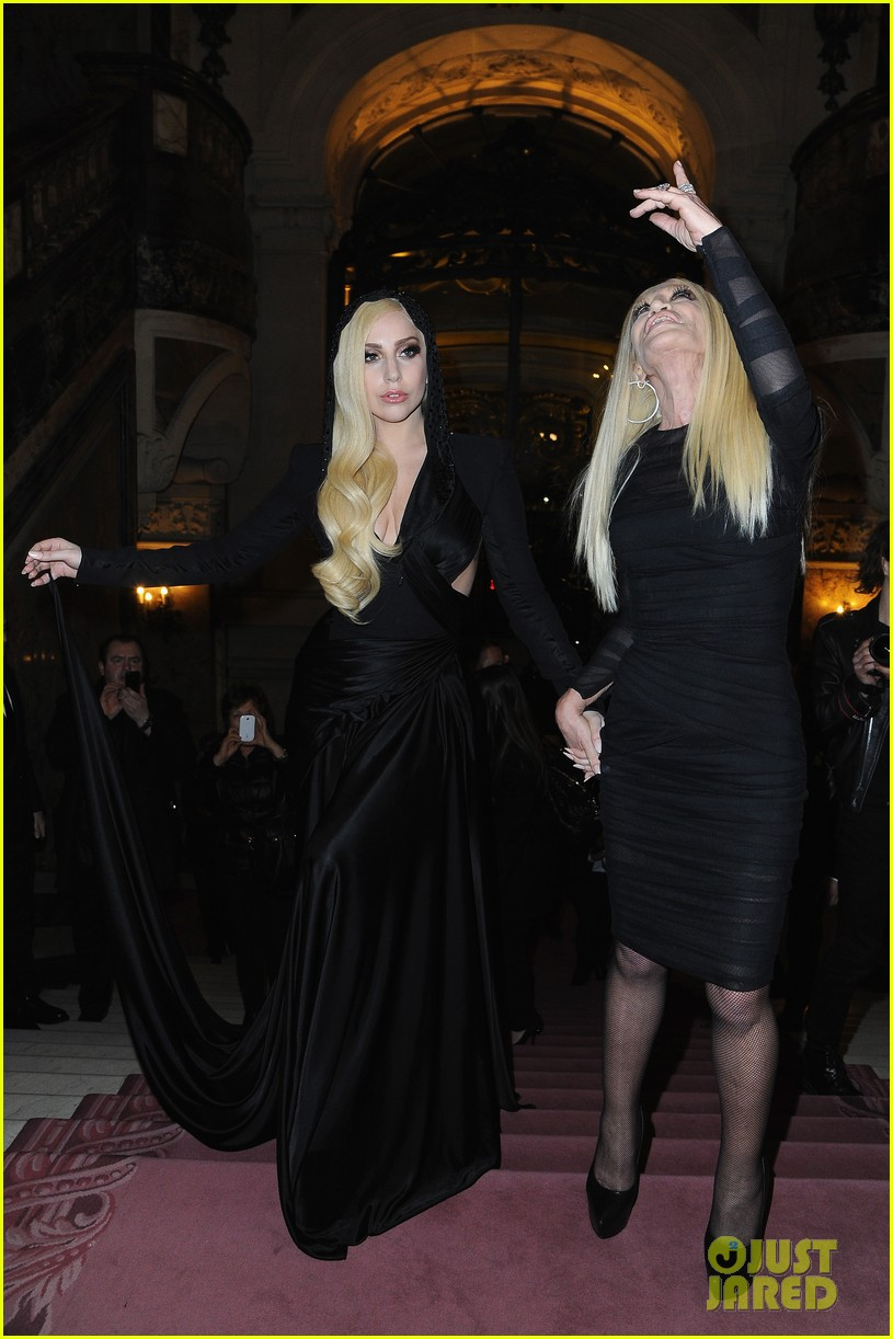 lady gaga front row at atelier versace paris show 10