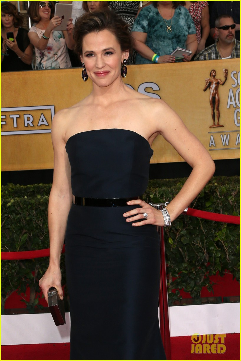 jennifer garner sag awards 2014 red carpet 05