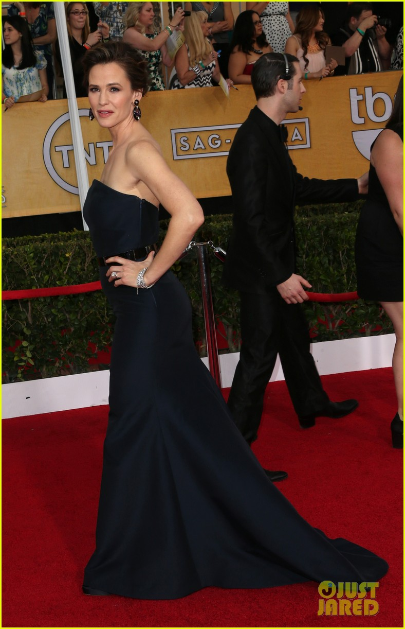 jennifer garner sag awards 2014 red carpet 063034728