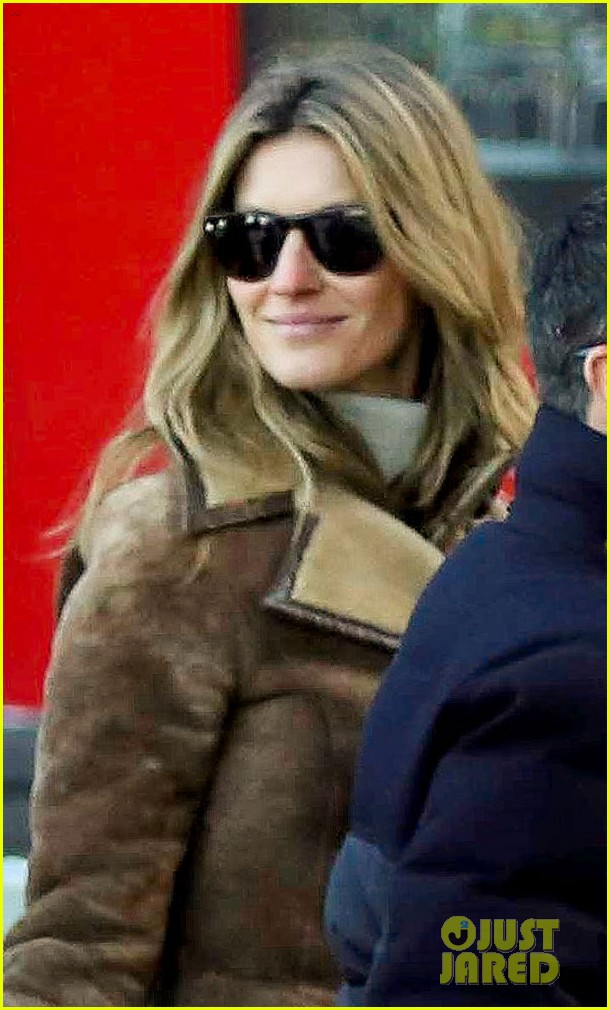 gisele bundchen tom brady boston fun with benjamin 023023031