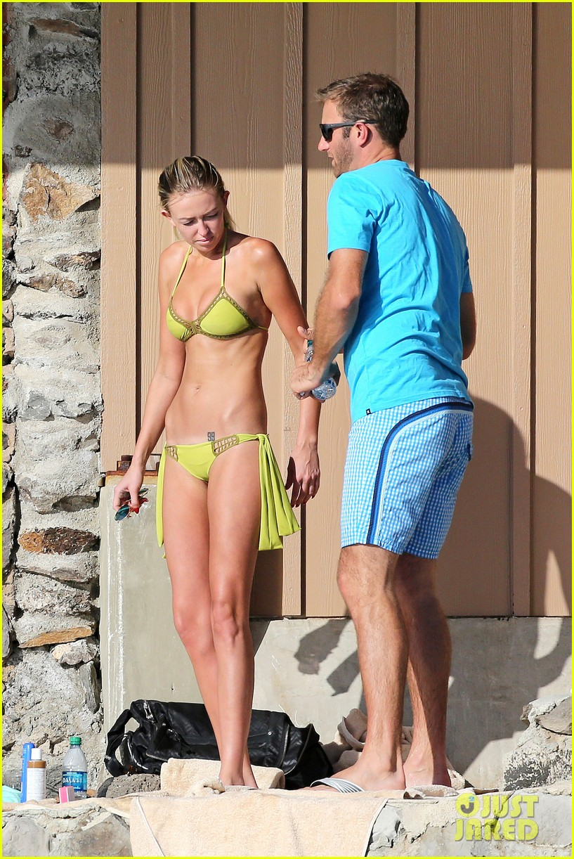 paulina gretzky golfer dustin johnson beach bods in hawaii 03