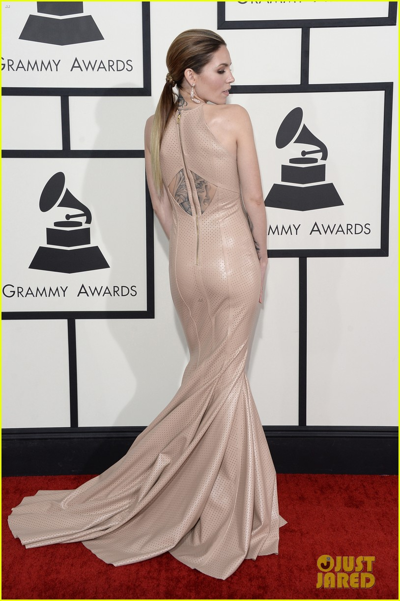 skylar grey grammys 2014 red carpet 01