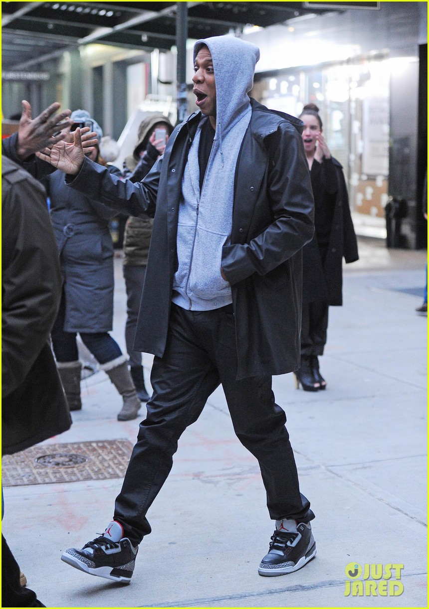 jake gyllenhaalj jay z meatpacking district meeting 143033504