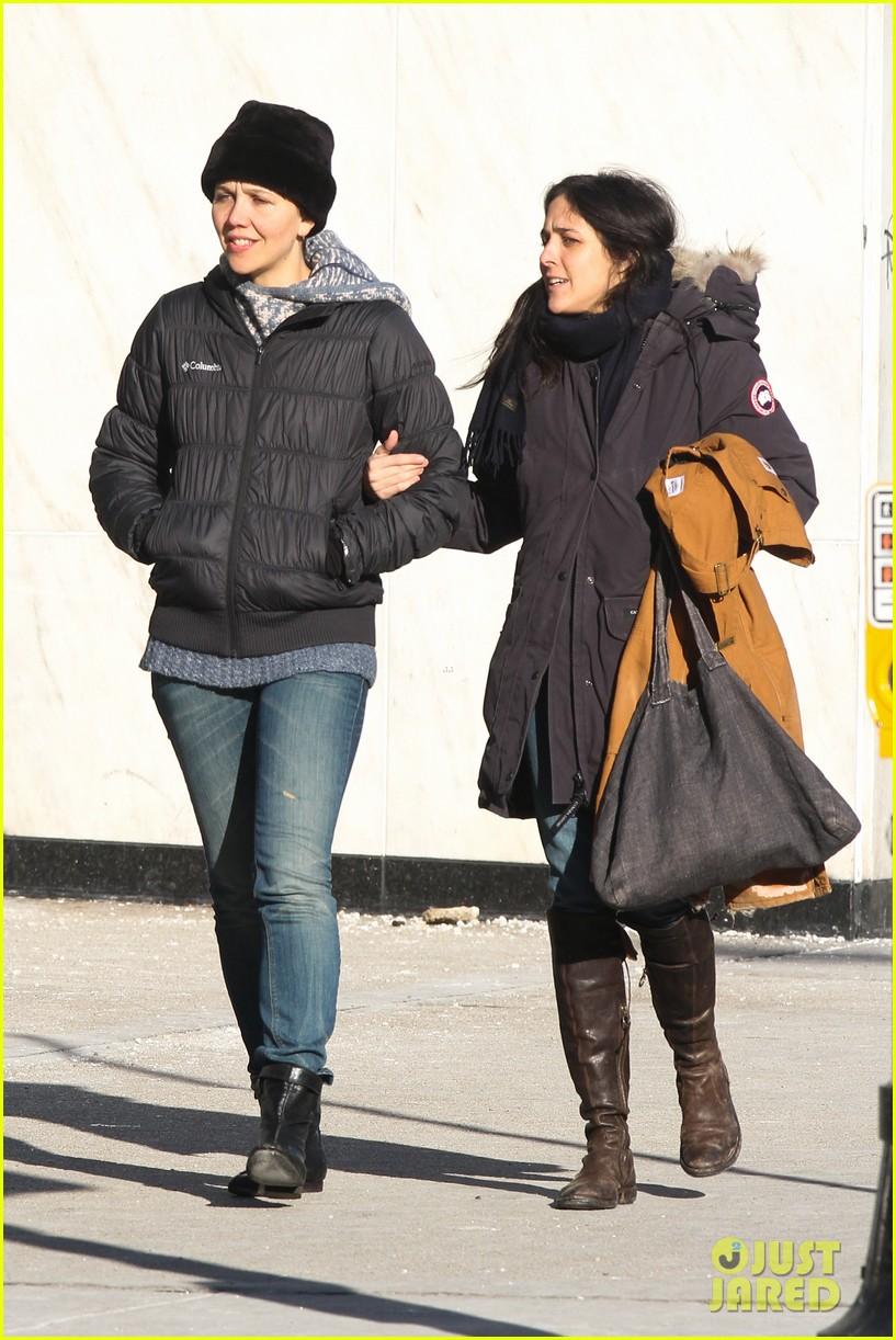 maggie gyllenhaal new york weather is bringing me down 03