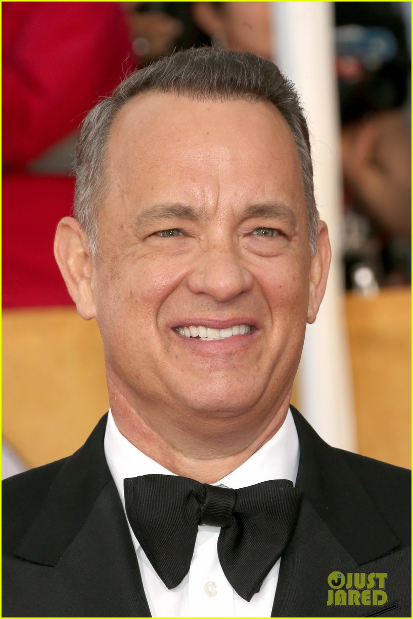 tom hanks sag awards 2014 red carpet with rita wilson 01