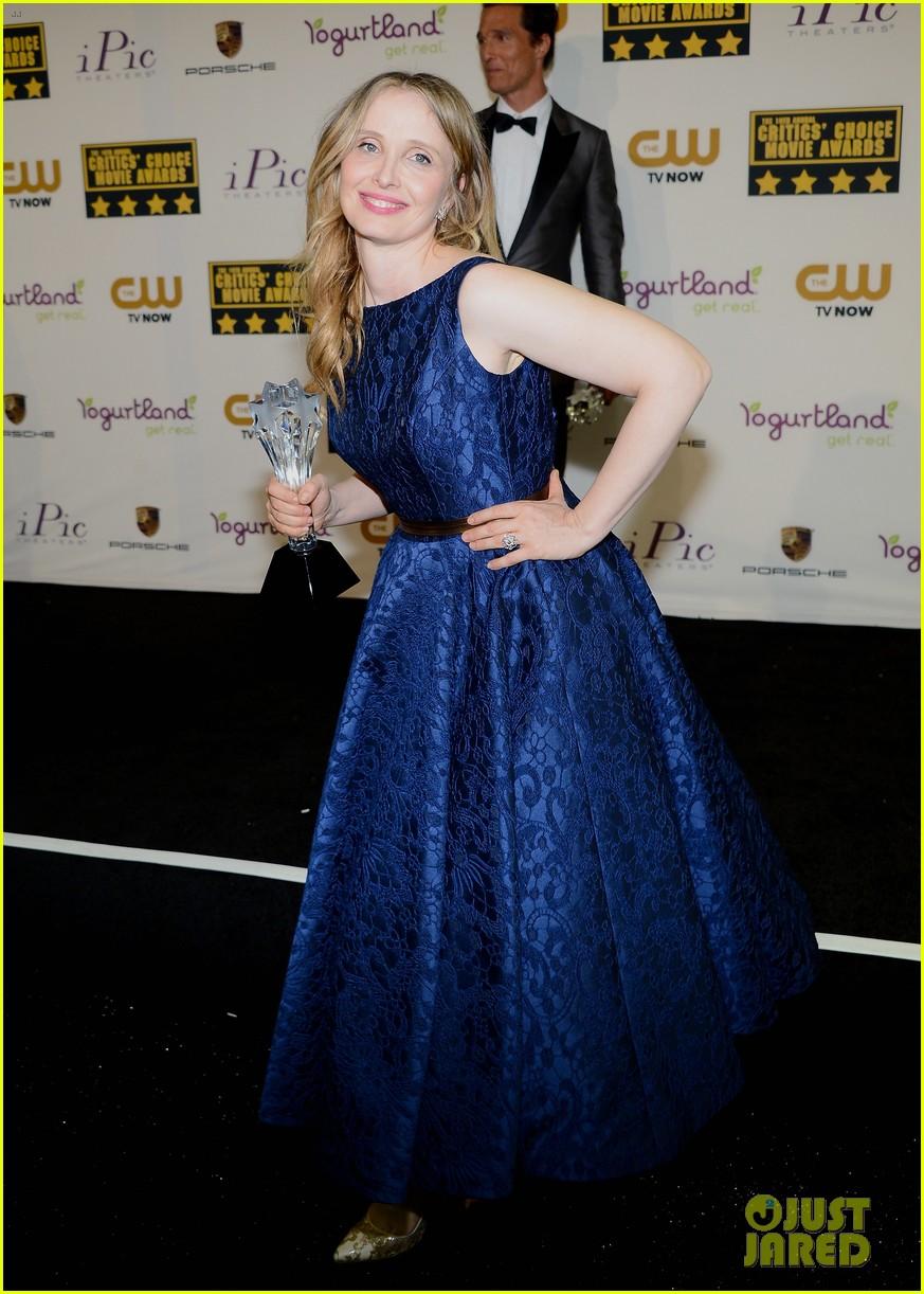 ethan hawke julie delpy win at critics choice awards 2014 08