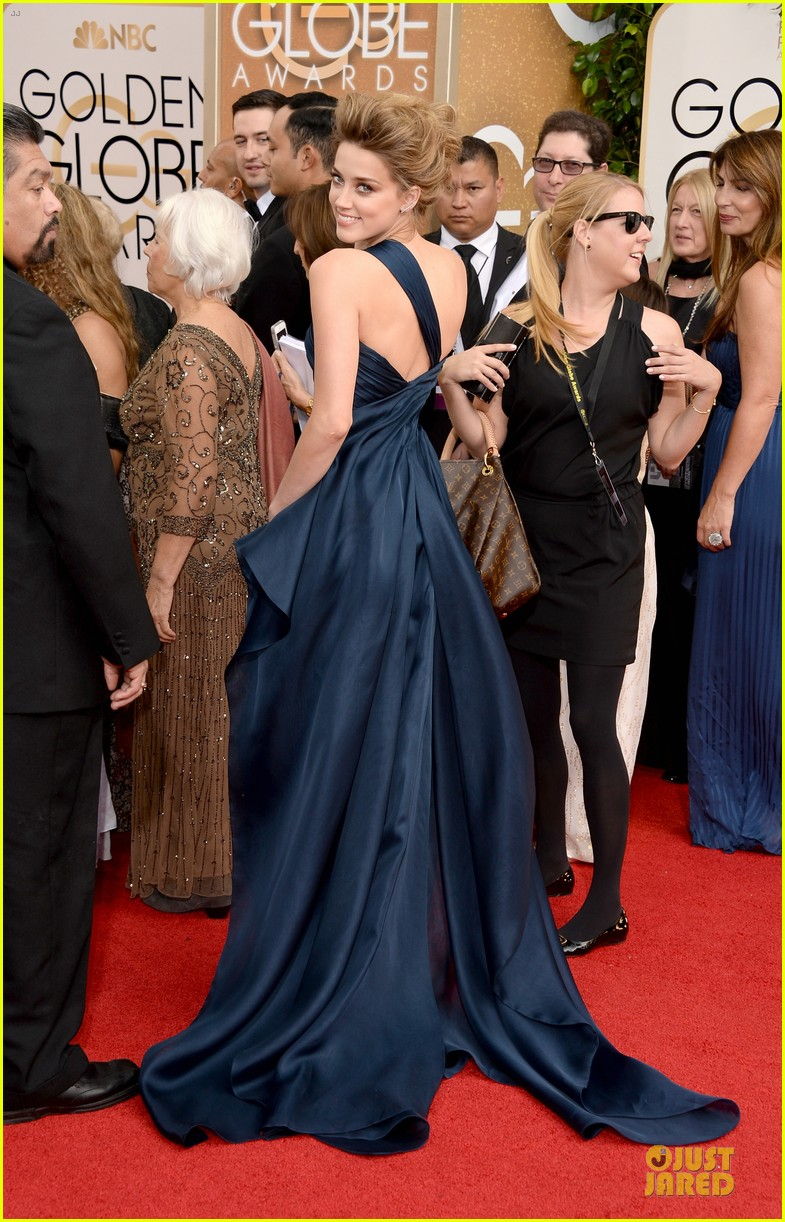 amber heard golden globes 2014 red carpet 033029109