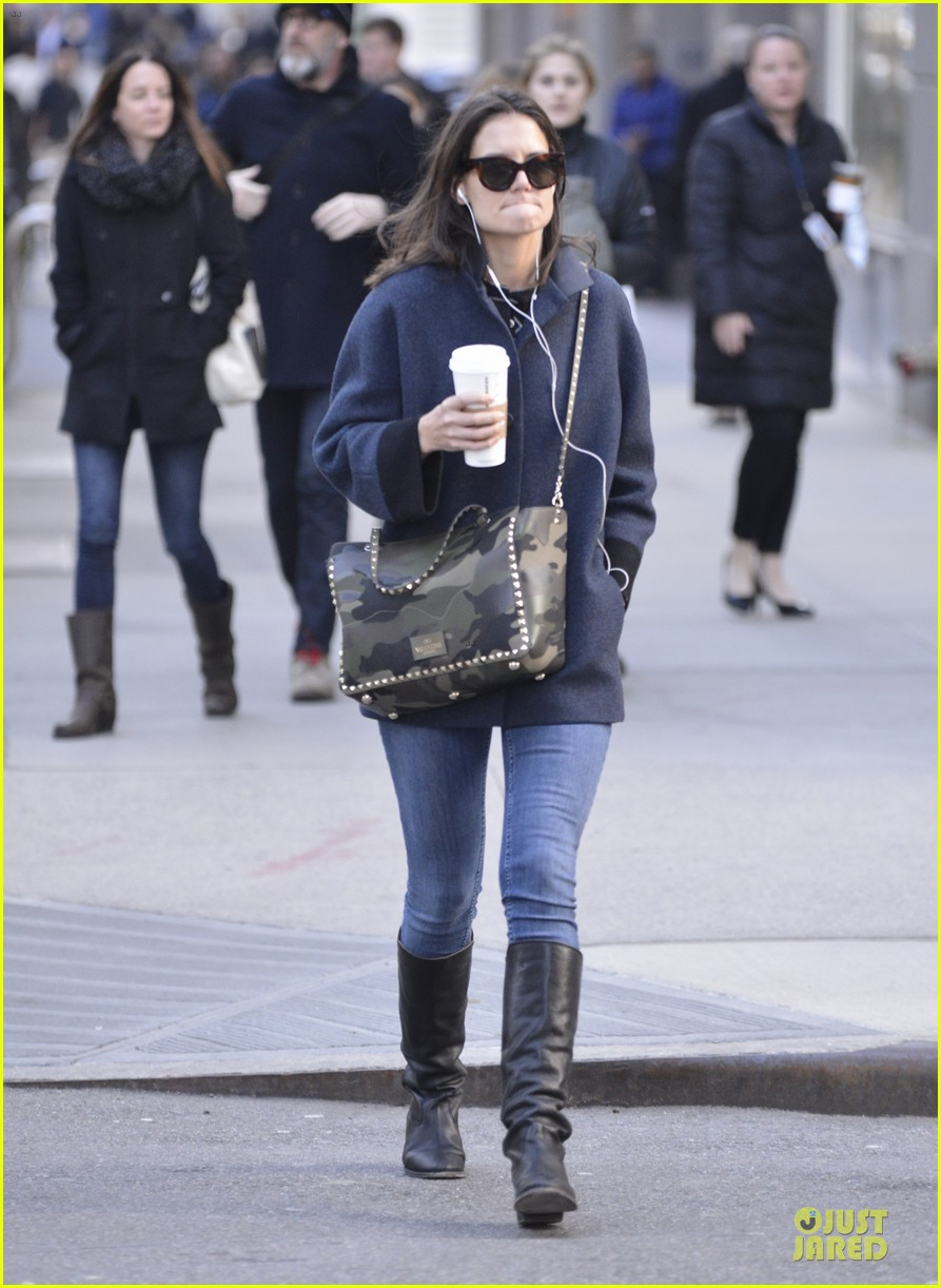 katie holmes raves on zachary quinto glass menagerie 133033932
