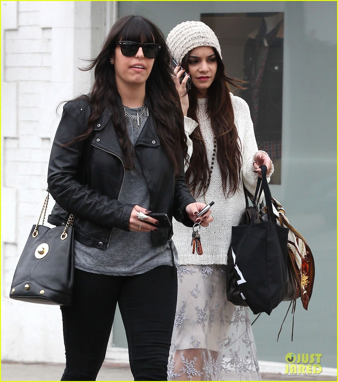 vanessa hudgens channels yoko ono in boho sunglasses 063044603