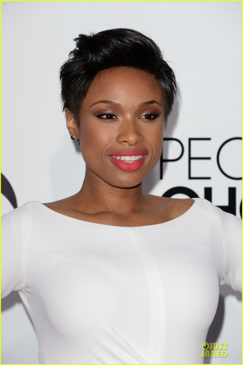 jennifer hudson peoples choice awards 2014 red carpet 063025578