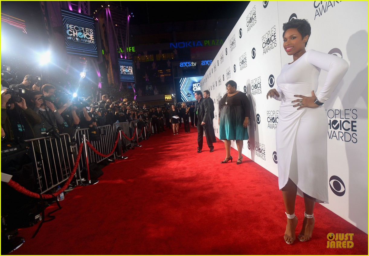 jennifer hudson peoples choice awards 2014 red carpet 103025582