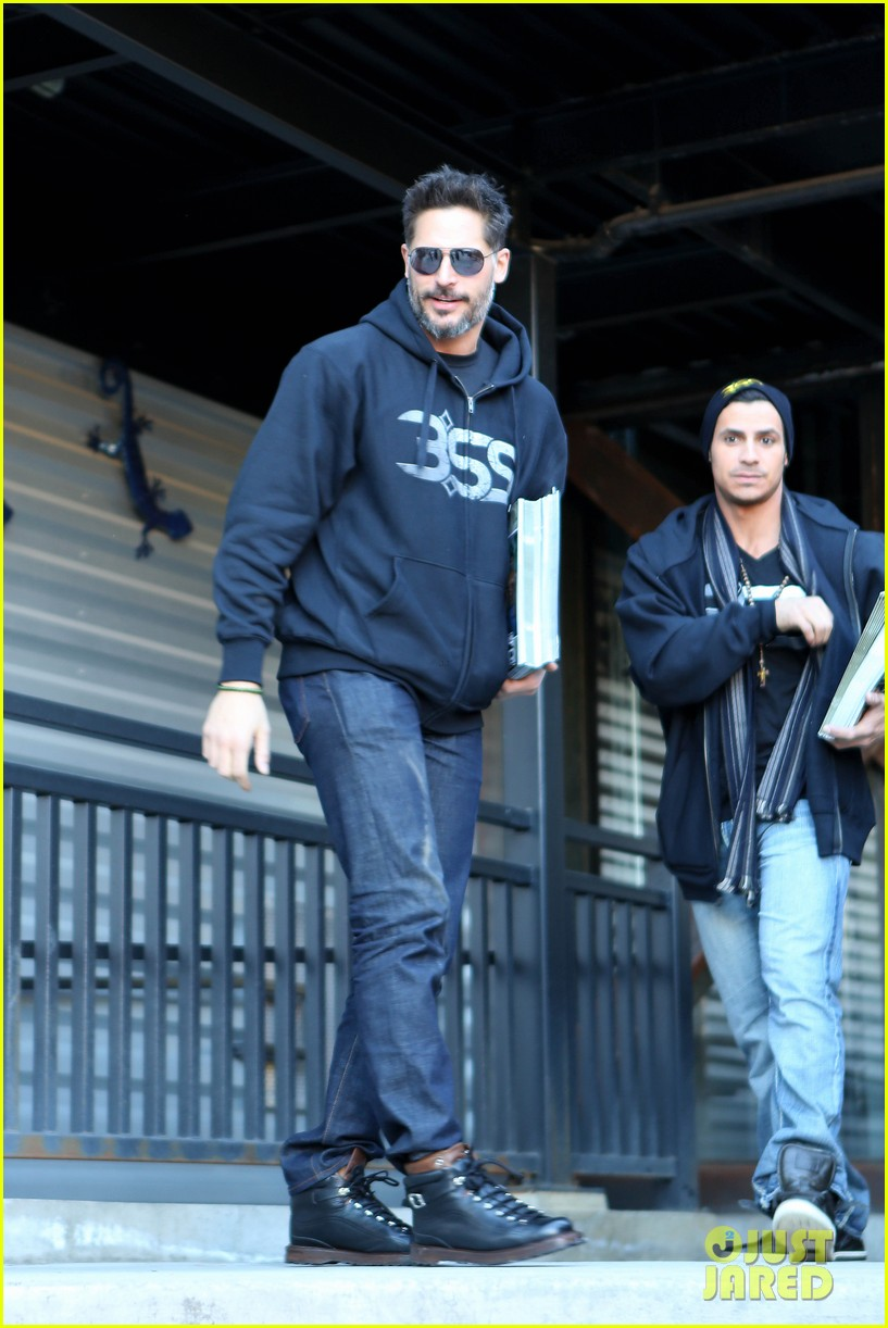 joe manganiello promotes la bare at sundance 063036297