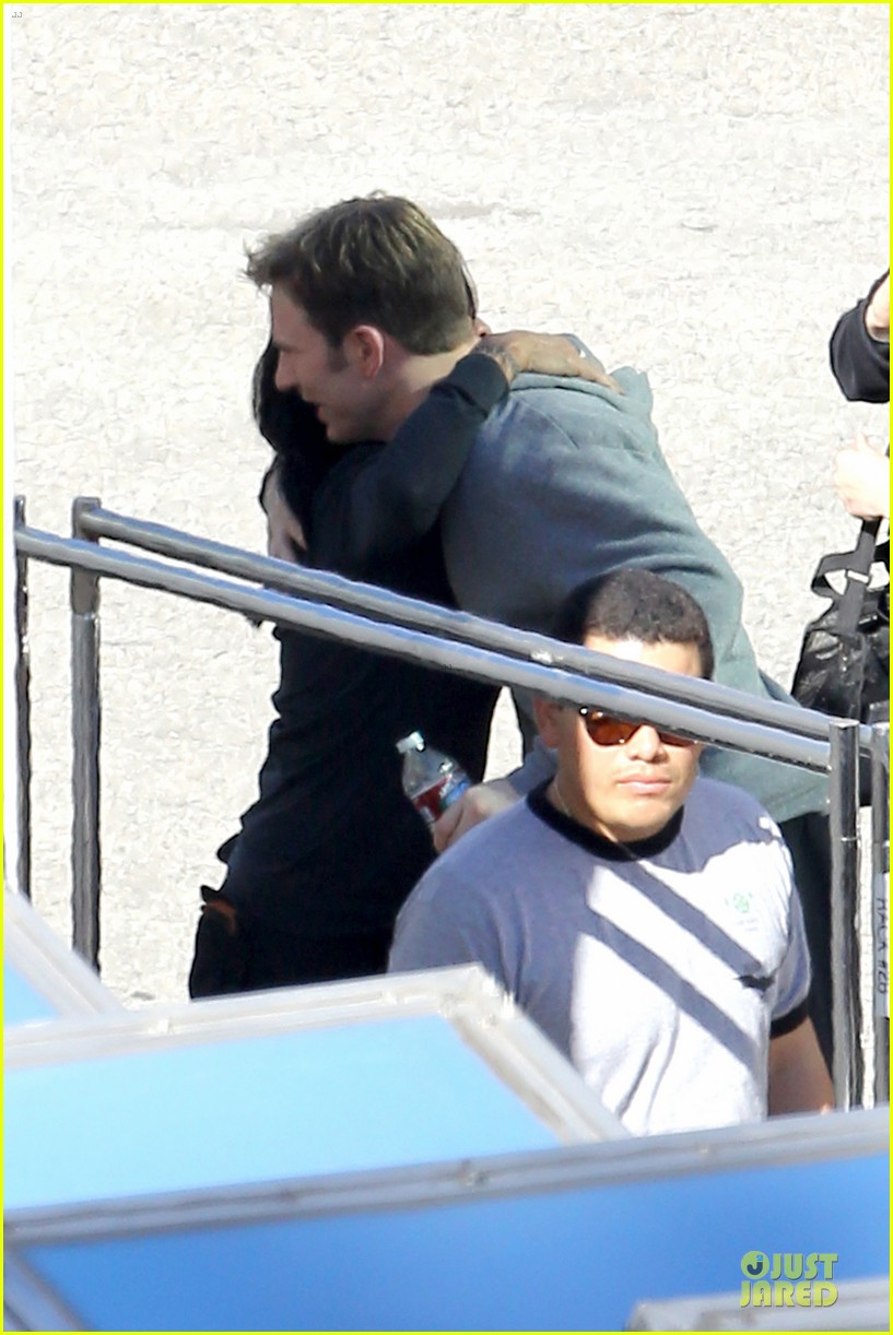 scarlett johansson captain america 2 set with scarred chris martin 173030825