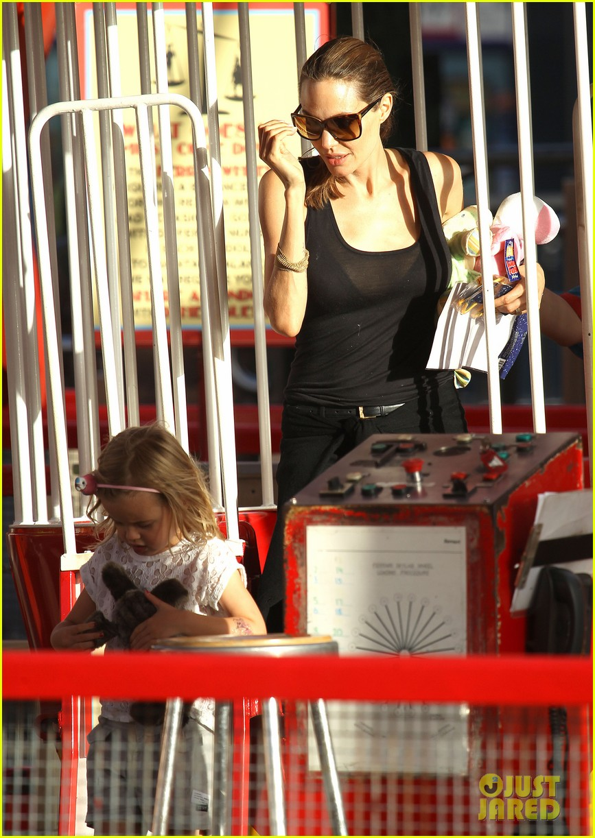 angelina jolie luna park fun with the kids 053024378