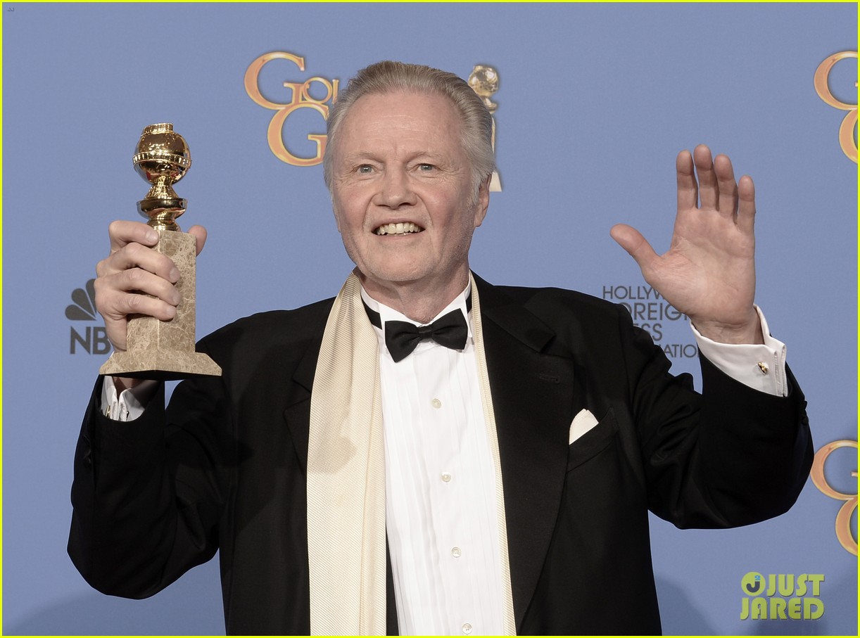 jon voight wins best supporting actor golden globes 2014 033029588