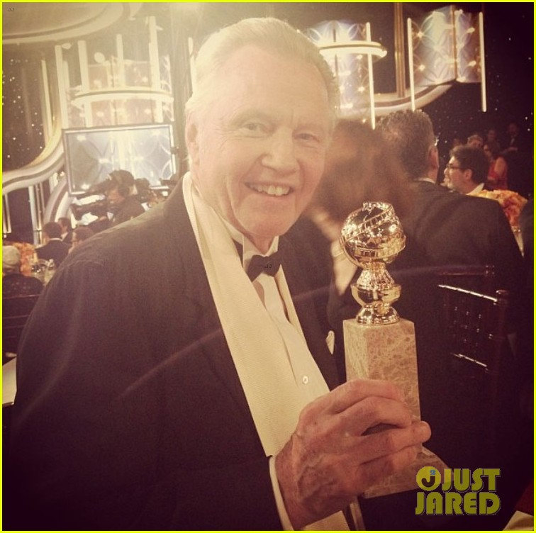 jon voight wins best supporting actor golden globes 2014 04