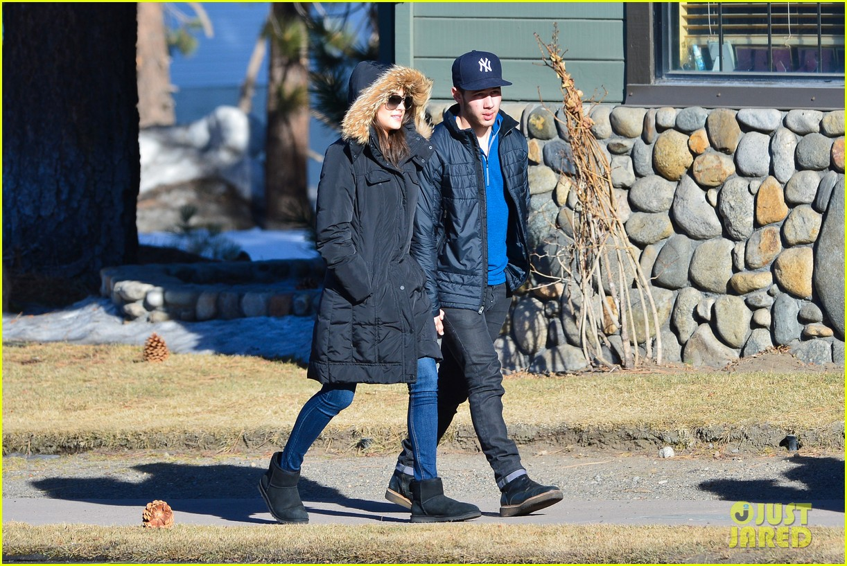nick jonas olivia culpo hold hands in chilly mammoth 16