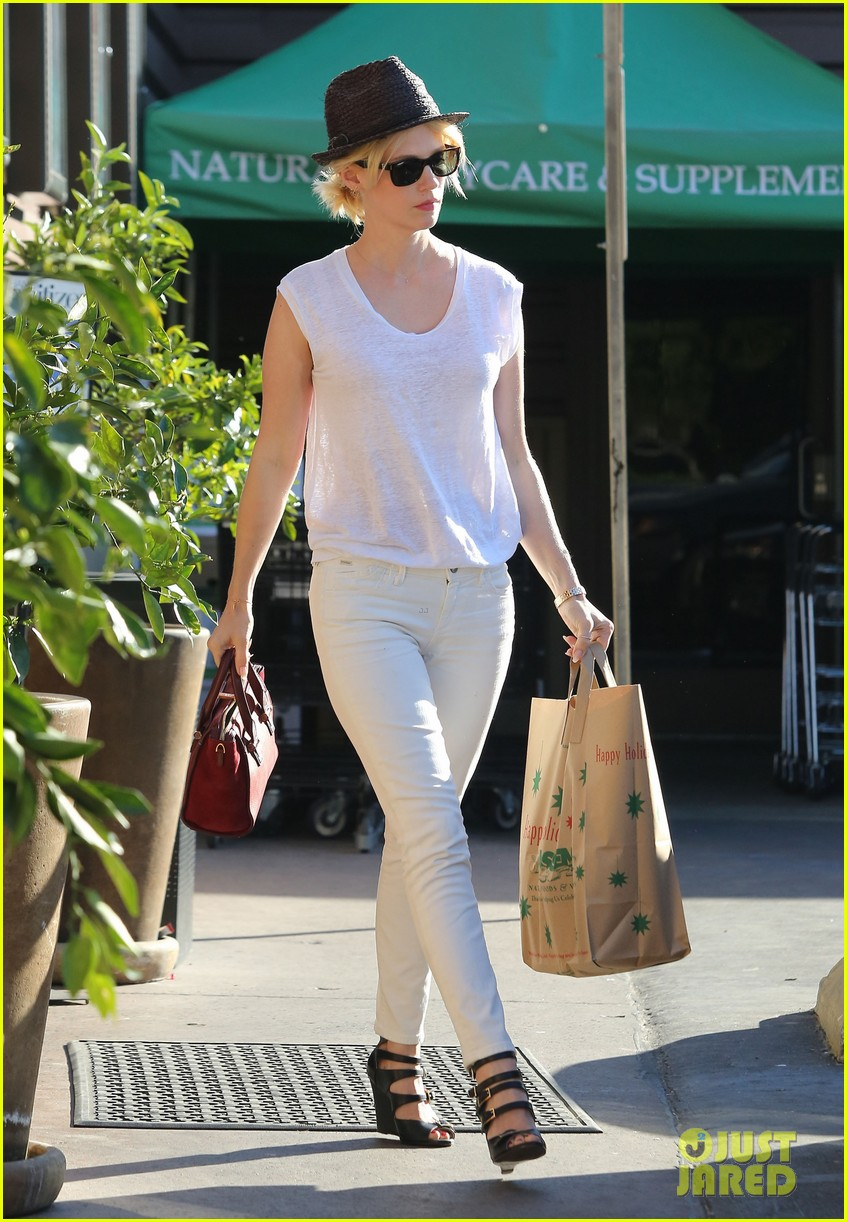 january jones vision in white for shopping trip 053032600