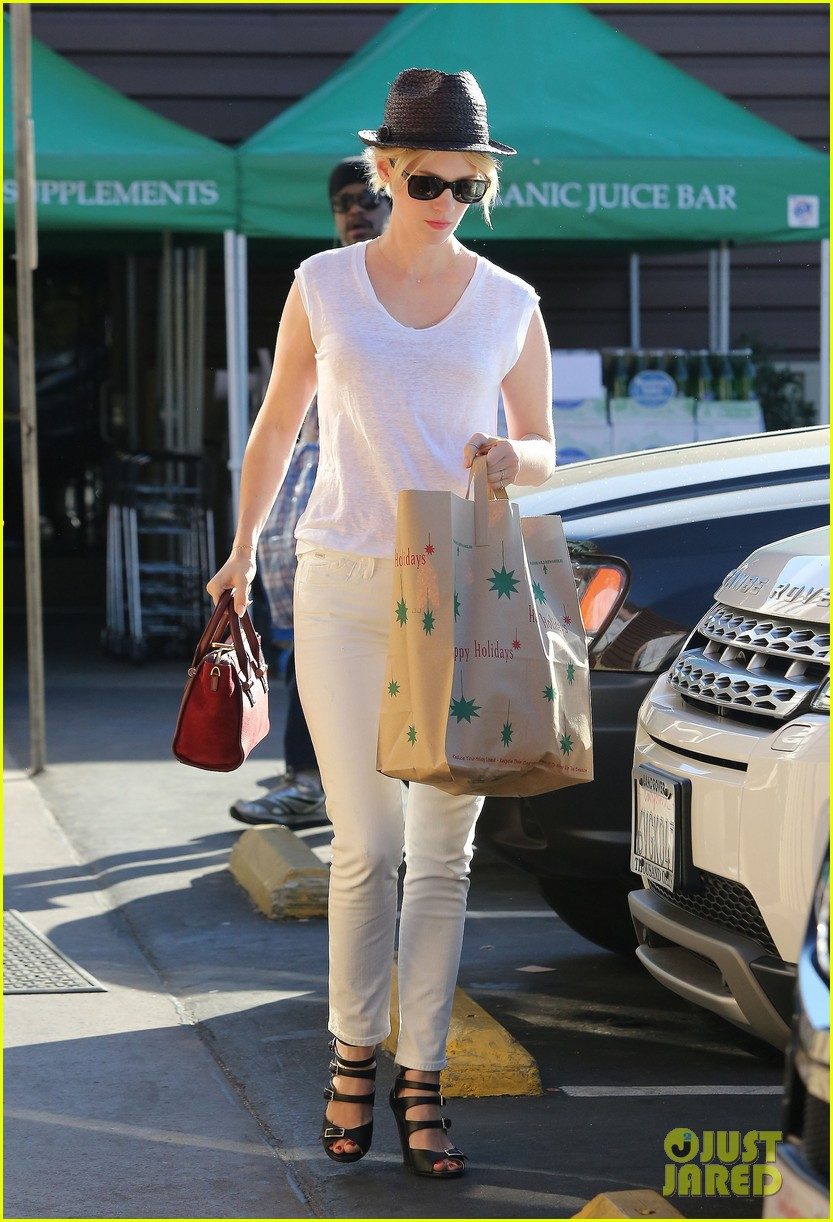 january jones vision in white for shopping trip 163032611