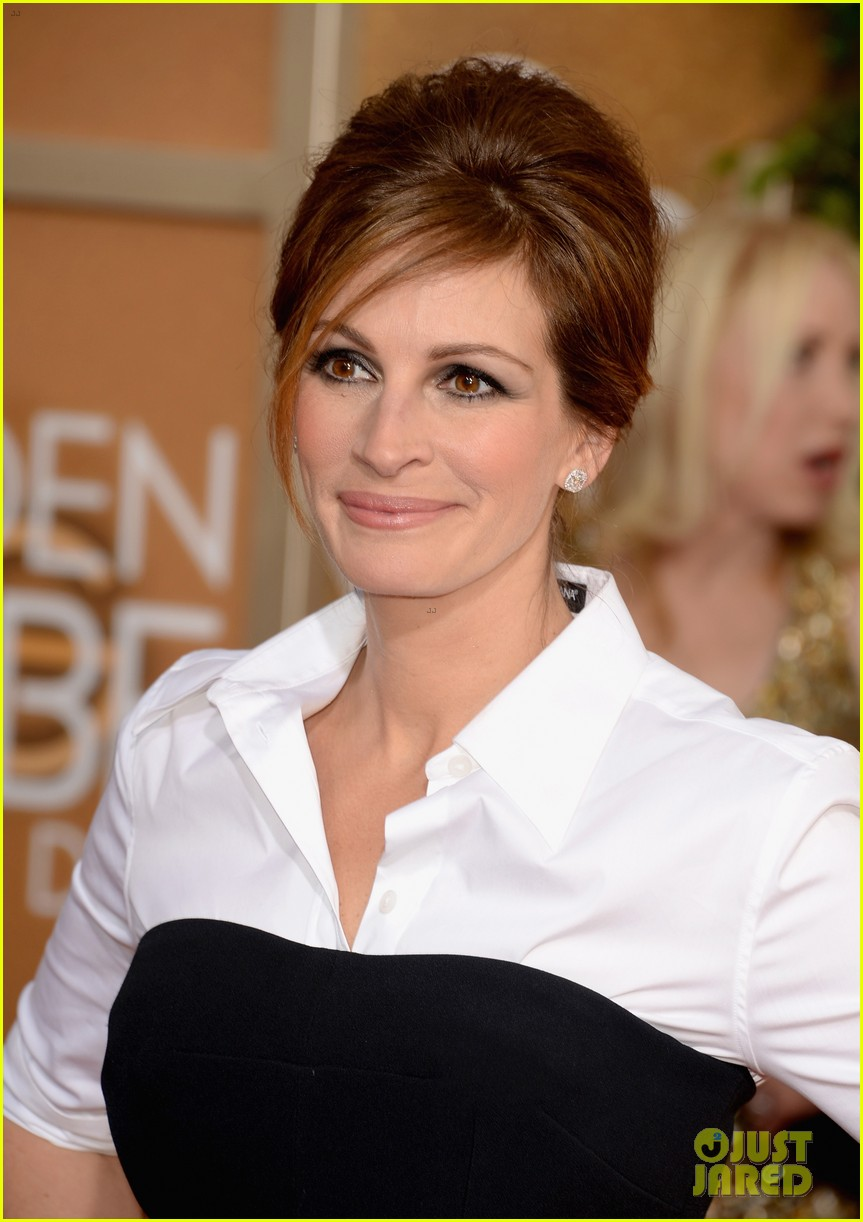 julia roberts golden globes 2014 red carpet 07