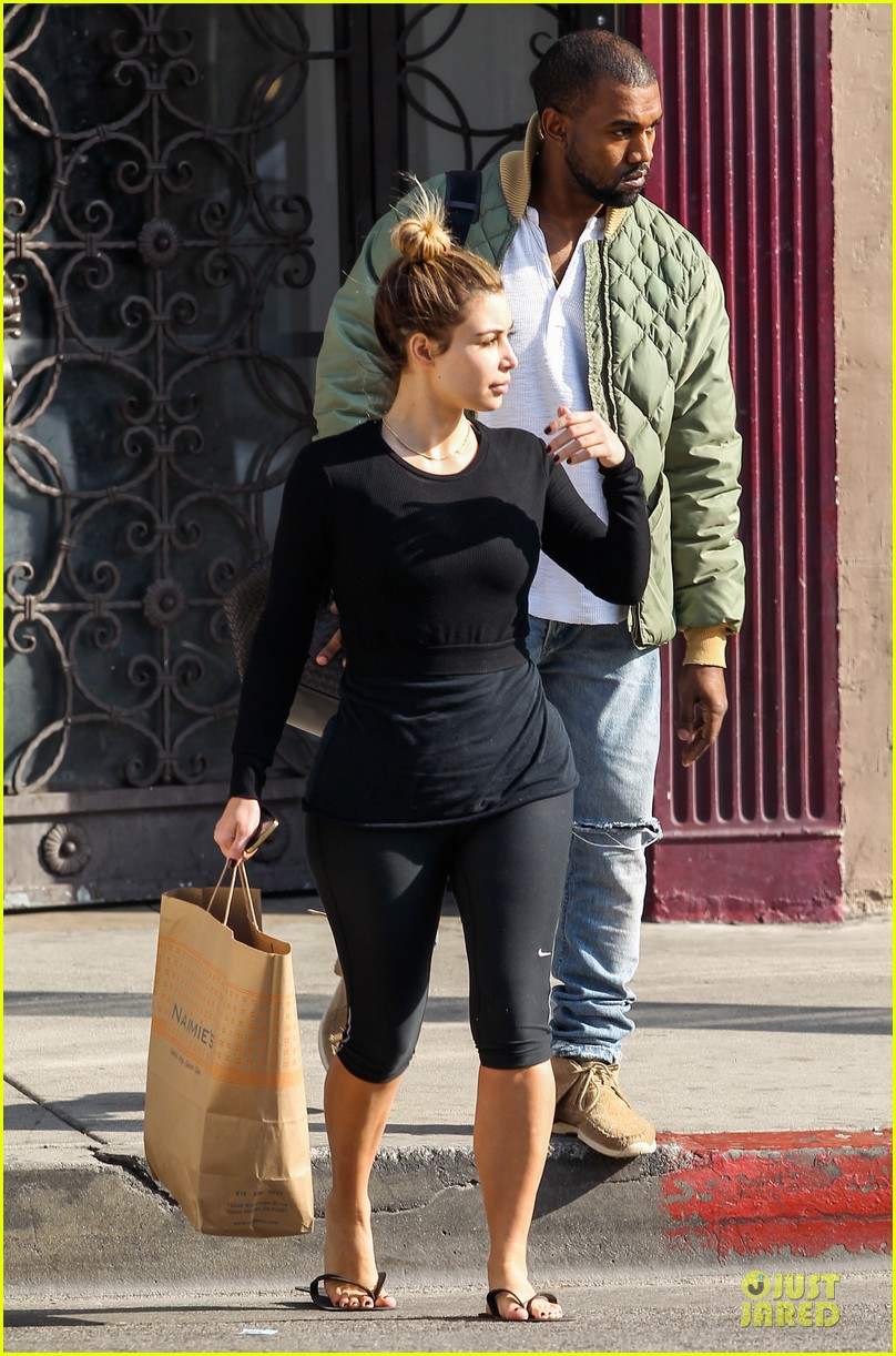 kim kardashian kanye weest shop together after new year 223022244