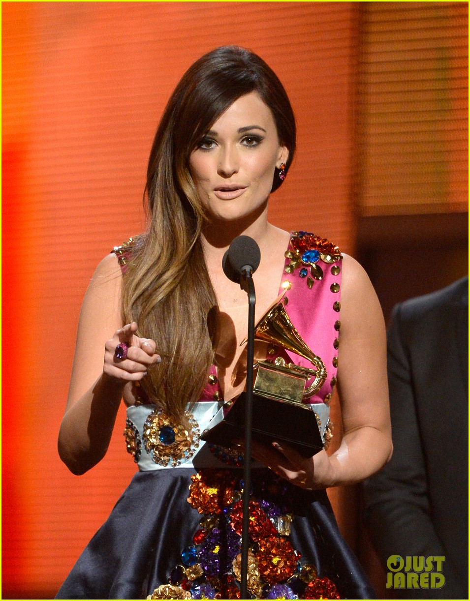kasey musgraves follow your arrow grammys 2014 043041550
