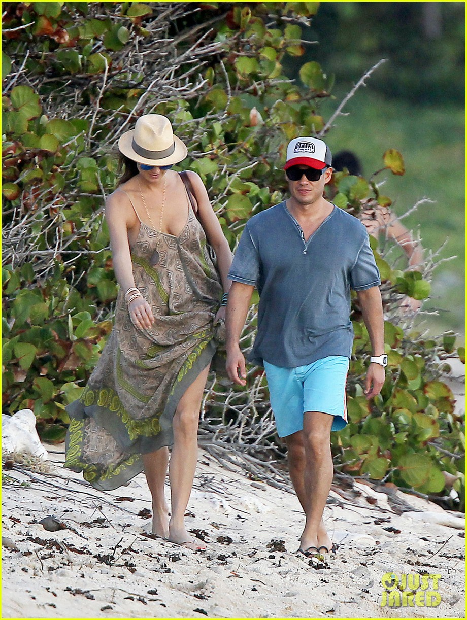 stacy keibler st barts stroll with boyfriend jared pobre 053023790