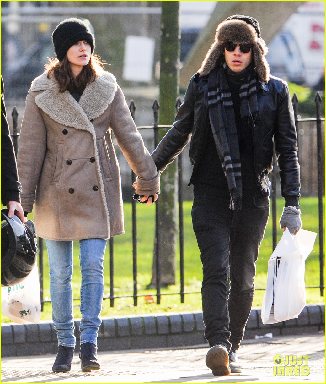 keira knightley james righton walk hand in hand for shopping trip 013031192