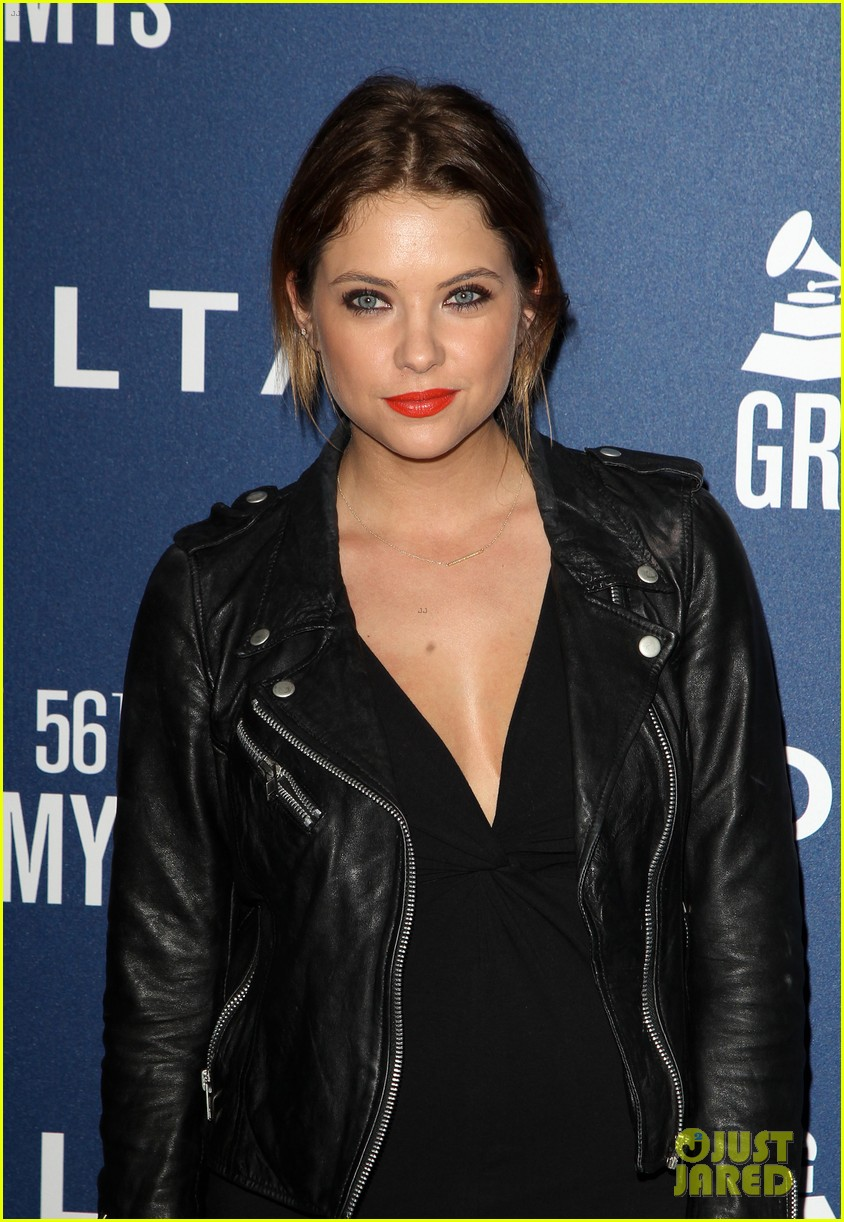 anna kendrick ashley benson delta airlines pre grammy party 04