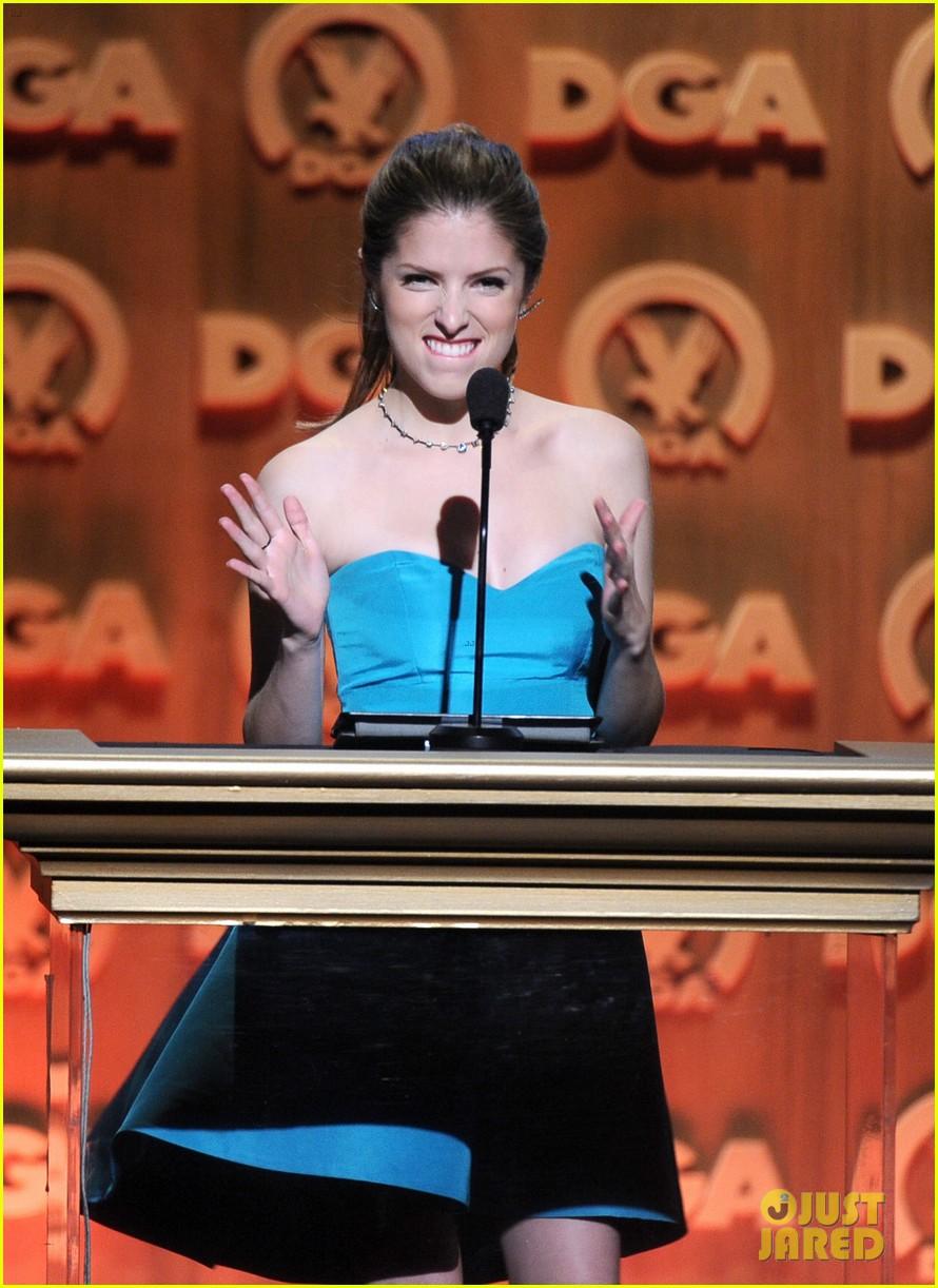 anna kendrick sarah paulson dga awards 2014 19