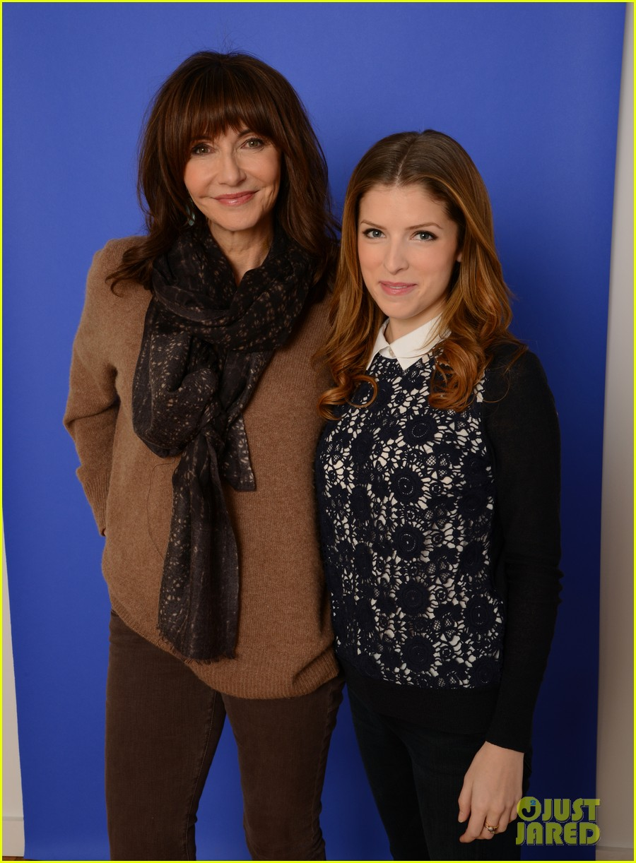 anna kendrick women at sundance brunch 10