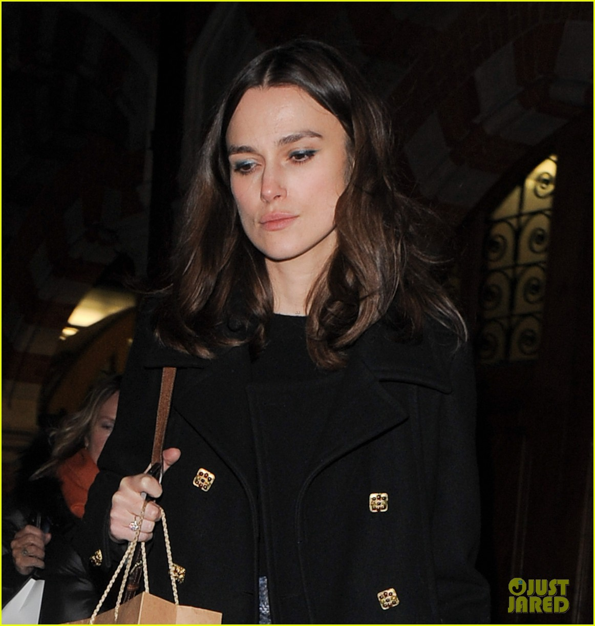keira knightley is rooting for chiwetel ejiofor at the oscars 04