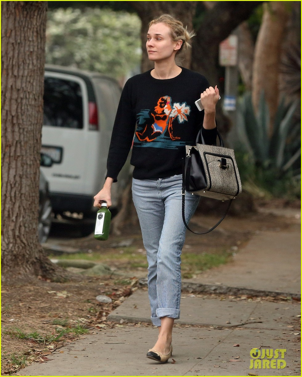 diane kruger wears no makeup looks fresh faced for errand run 03