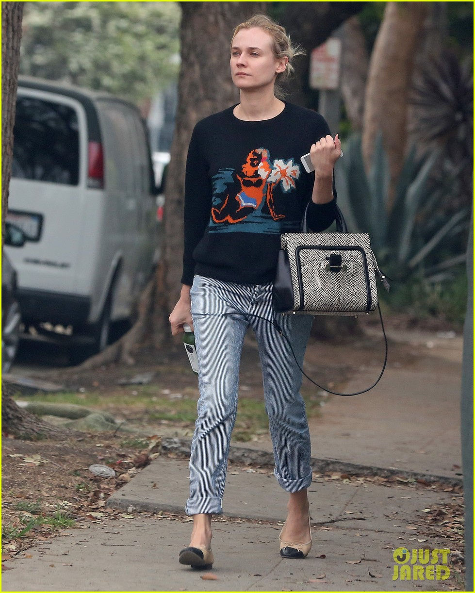 diane kruger wears no makeup looks fresh faced for errand run 15