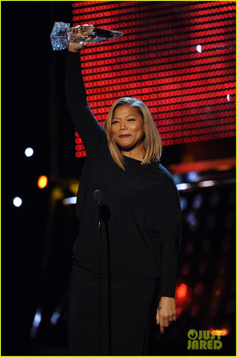 queen latifah wins big at peoples choice awardw 2014 20